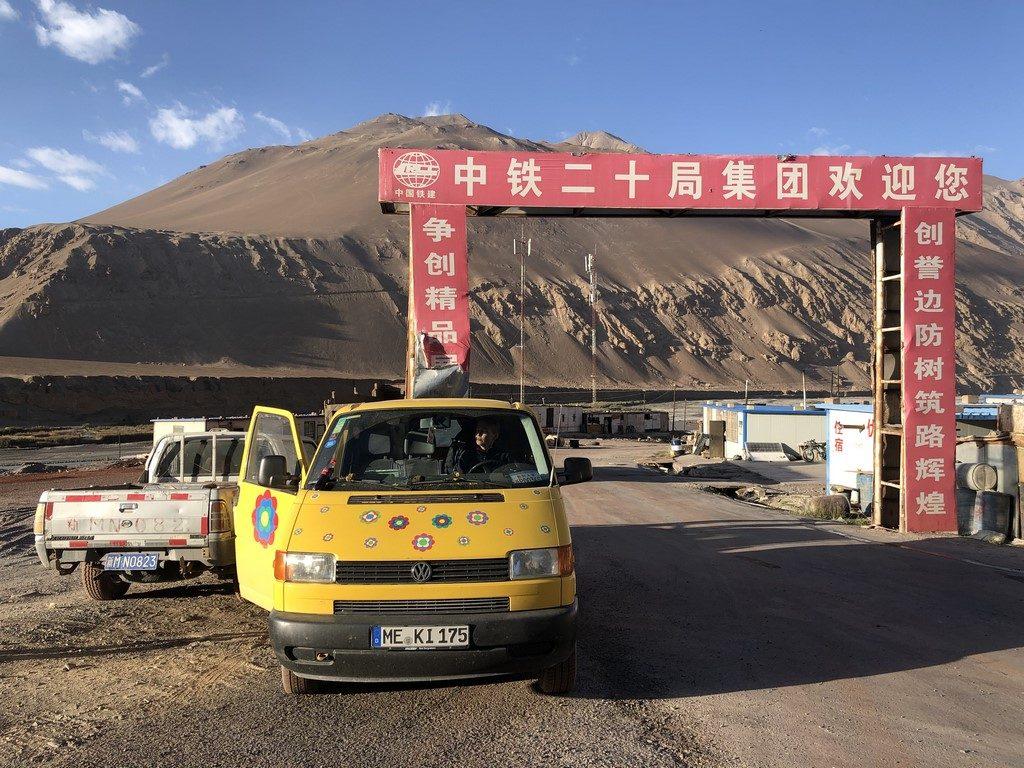 mit dem eigenen Fahrzeug nach China
